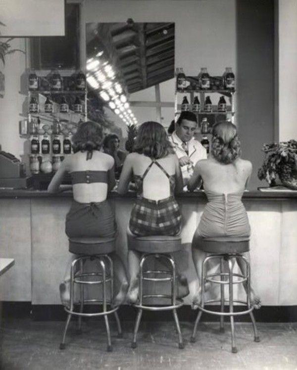 Bars, restaurants ... 0774ecf3