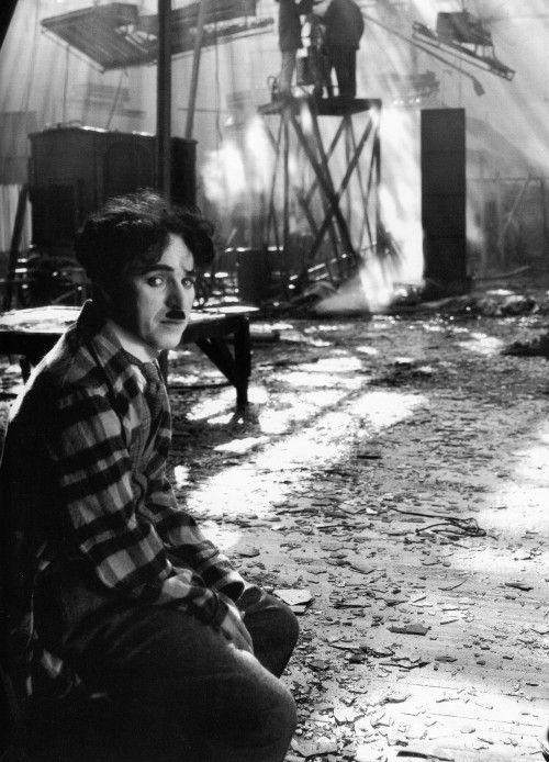 Charlie Chaplin  4113cecb