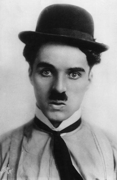 Charlie Chaplin  A918e773
