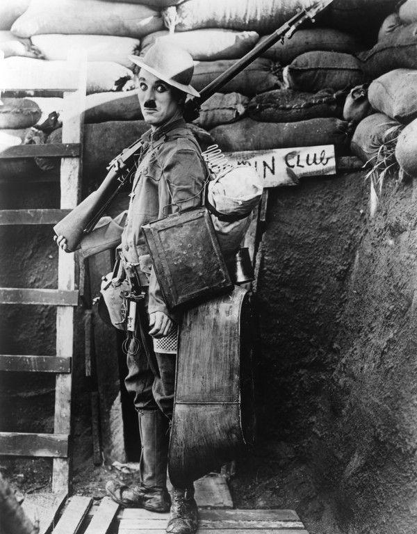 Charlie Chaplin  B63d40c8