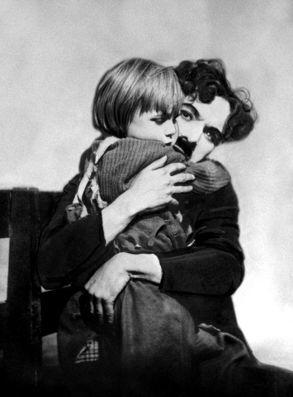 Charlie Chaplin  C4d62def